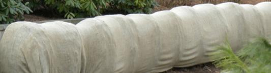 Daybag Winter Burlap Windbreak